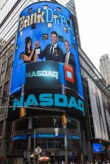 Crystal awarded / © 2014, The NASDAQ OMX Group, Inc.