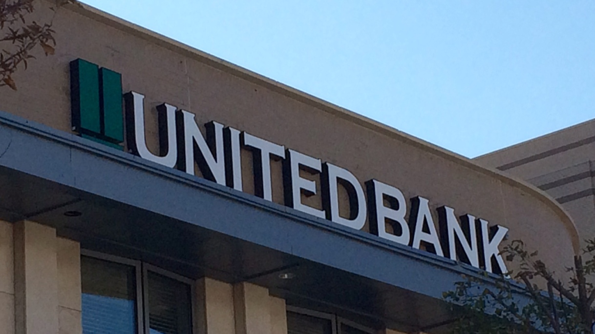 On Bank Branches and a Bank's Brand